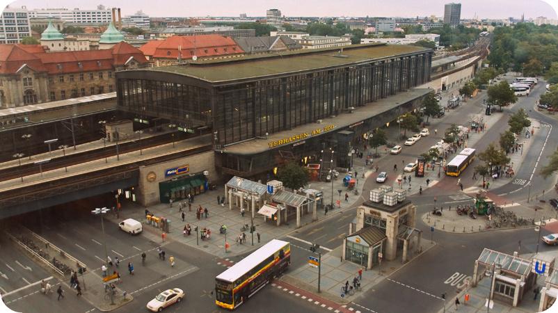 73-Bahnhof-Berlin-Zoologischer-Garten